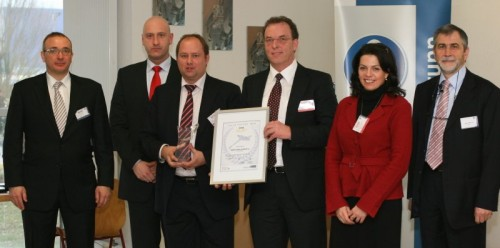 Eine Auszeichung, von der alle Profitieren: Heinrich Huhn GmbH & Co. KG wurde von ThyssenKrupp als bester Lieferant geehrt.