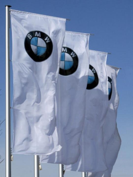 Bild von BMW und Toyota: Dieselmotoren gegen Hybridtechnologie
