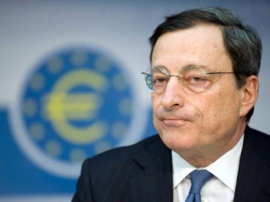 Draghi hält das Pulver der Europäischen Zentralbank trocken