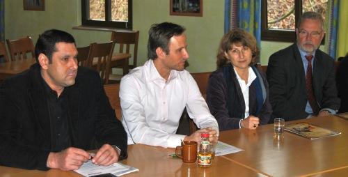 """Während einer Pressekonferenz wurden die örtlichen Medien über das """"neue"""" Elspe Festival informiert."""