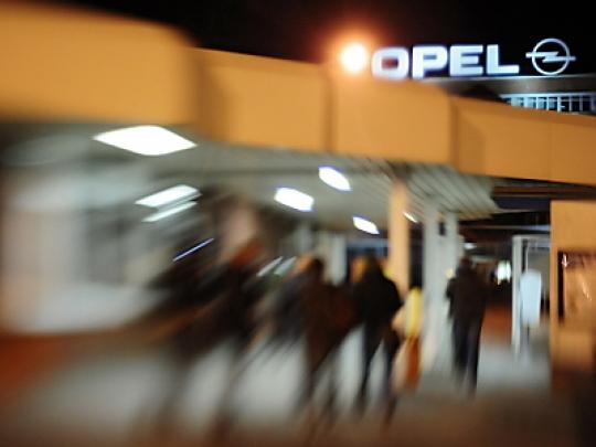 Opel-Manager fordern Einschnitte