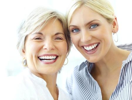 Bild von Tchibo macht das Lächeln leicht: Hochwertiger Zahnersatz zu günstigen Preisen