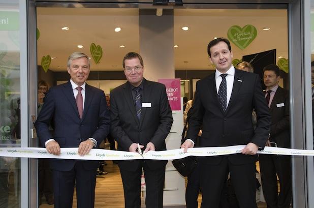 Photo of Erste LlyodsApotheke in Hamburg eröffnet