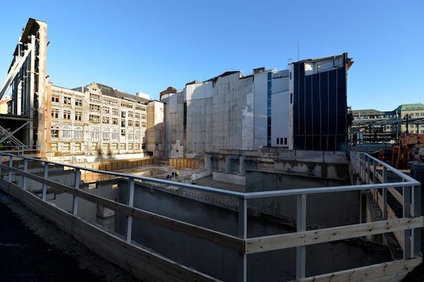 Photo of Staffelübergabe auf der Baustelle der Bremer Landesbank