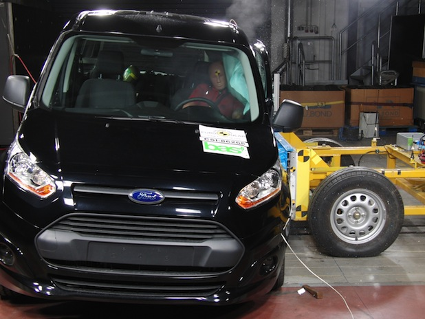 Photo of Neuer Ford Tourneo Connect erhielt fünf Sterne