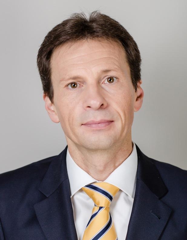 "Photo of Dr. Wolfgang Link zum President Toys""R""Us Europe ernannt"