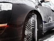 Rutschfeste Winterschuhe für das Auto