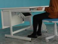 ADION liefert optimierte Dozenten-Tische
