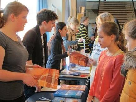 Photo of Jugendbildungsmesse zu Auslandsaufenthalten