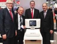 Apotheken-Terminal aT1® von Intel der Weltöffentlichkeit vorgestellt