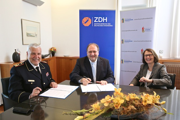 Photo of Gute Zusammenarbeit: Handwerk und Feuerwehr