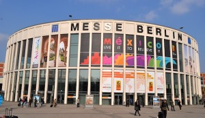Jung, digital und reiselustig: Jugendreisen auf der ITB Berlin