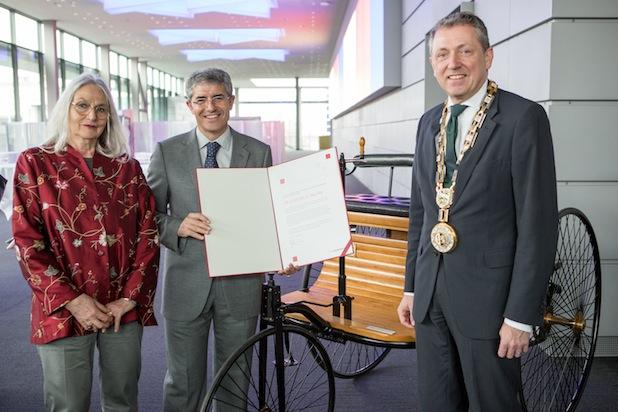 Bild von Prof. Dr. José del R. Millán erhält Bertha-und-Carl-Benz-Preis