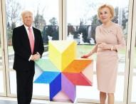 Stiftung Deutsche Schlaganfall-Hilfe und Bertelsmann initiieren Kunst-Auktion