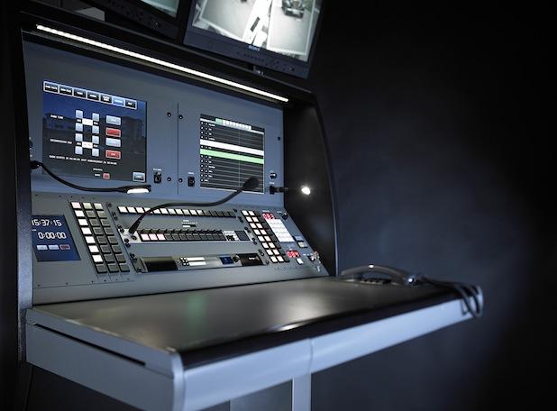 Quelle: SALZBRENNER STAGETEC Audio Video Mediensysteme GmbH