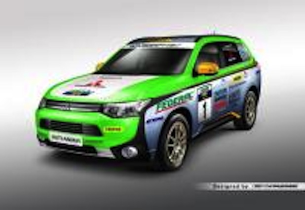 "Photo of Outlander Plug-in Hybrid bei der ""Asia Cross Country Rallye 2014"""