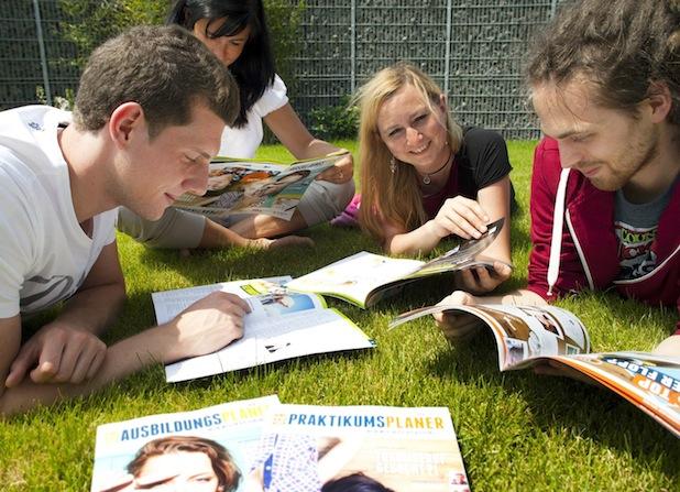 Bild von Die Welt von Ausbildung und Praktikum in Münster