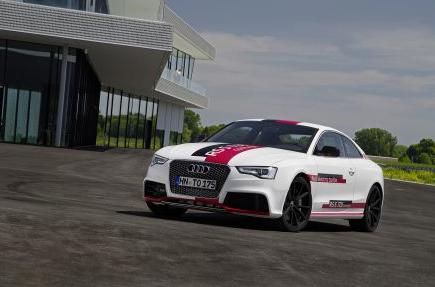 Bild von Audi RS 5 TDI Concept: Tschüs Turboloch