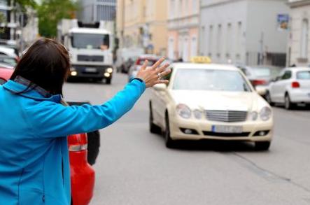 Photo of Taxifahrten – Was dürfen und müssen Fahrer und Kunden?