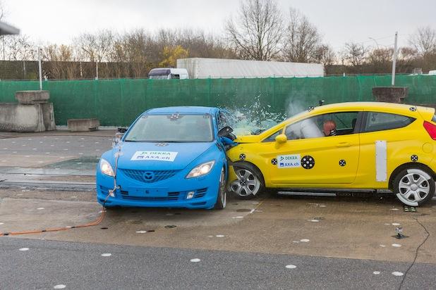 Bild von Crashtests 2014: Vom Sicherheitsgurt zum Autopiloten