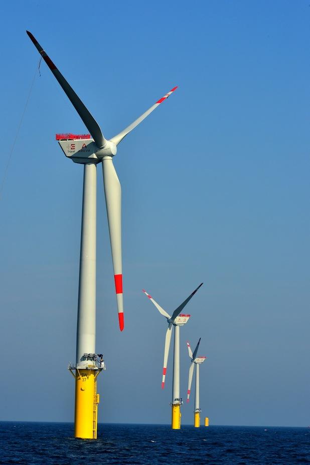 Photo of Erster Stadtwerke-Offshore-Windpark steht