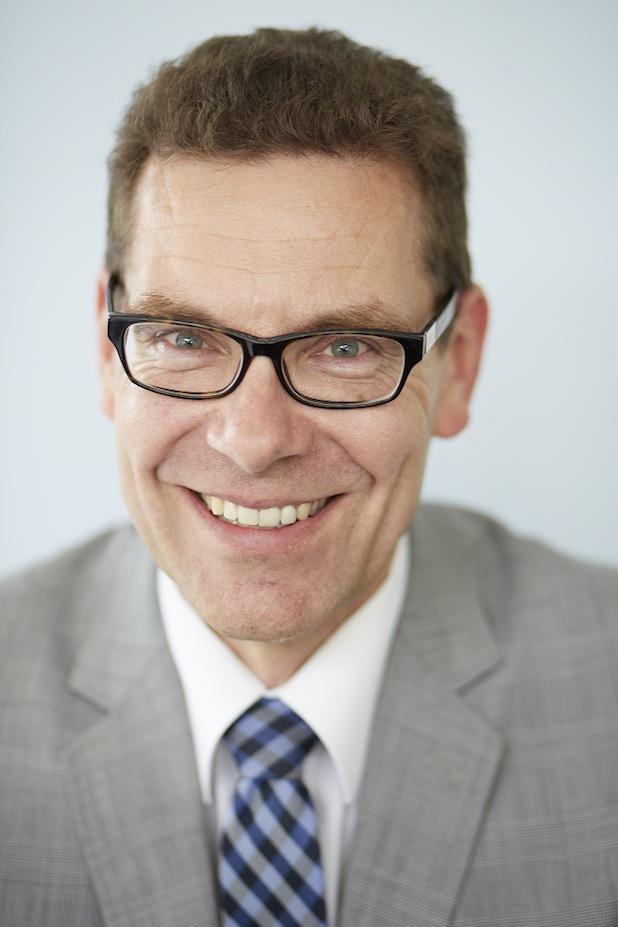 Bild von Prof. Dr.-Ing. Sascha Stowasser ist neuer Vorstand im REFA-Institut