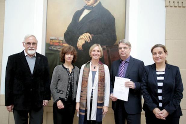 Photo of Fachhochschule Köln kooperiert mit dem  Institut der deutschen Wirtschaft Köln JUNIOR gGmbH