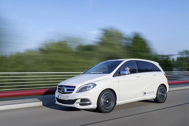 Bild von Mercedes-Benz Bank fördert Elektromobilität
