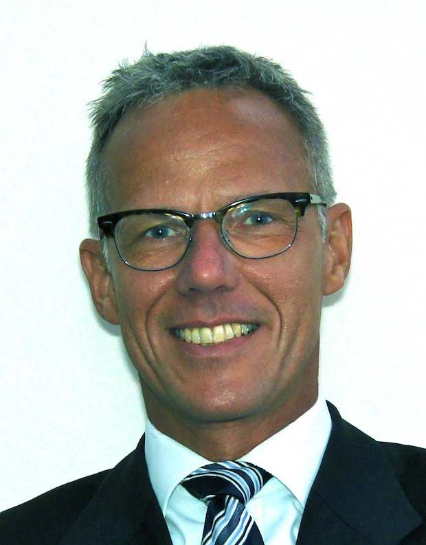 Bild von Justin Rautenberg wird neuer Industry General Manager Healthcare & Life Sciences