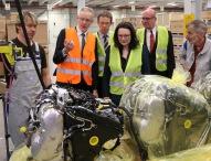 Bundesarbeitsministerin Nahles informiert sich über Inklusion bei Volkswagen
