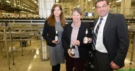 Bundesumweltministerin besucht Krombacher Brauerei