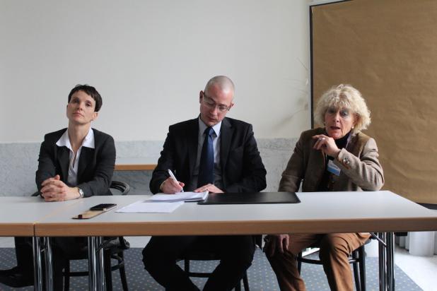 """Hansjörg Müller ist Diplom Volkswirt und stellte der aktuellen Wirtschaftspolitik von SPD/CDU/CSU ein Zeugnis mit einer glatten """"6"""" aus."""