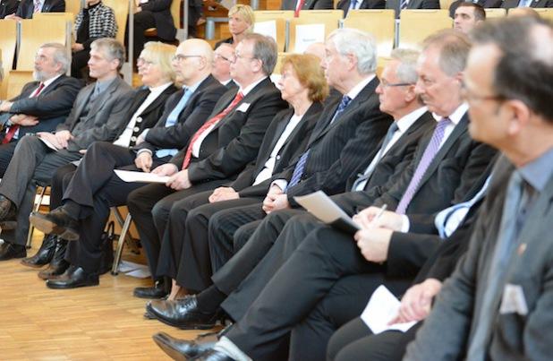 Unter den Gästen waren Vertreter aus Wirtschaft, Wissenschaft und Politik. Foto: Gatermann