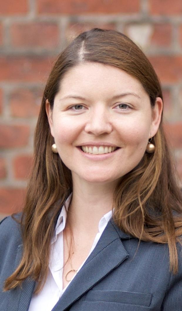 Photo of Stephanie Eschen verstärkt schoesslers