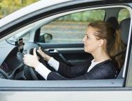 TÜV Rheinland: Zu laute Musik im Auto ist tabu