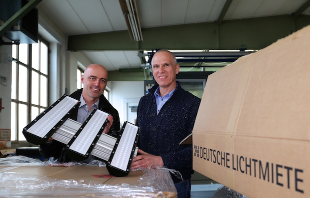 Photo of Aufzugsspezialist Riedl führt neues Beleuchtungskonzept in der Produktion ein