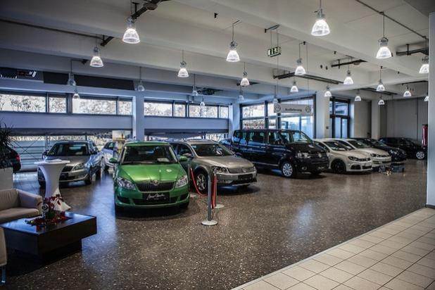 Das Autohaus Max Moritz aus Hagen hat für sein energieeffizientes LED-Konzept 2014 den europäischen GreenLightAward erhalten.