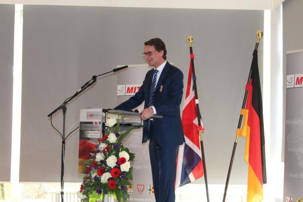 MIT Nordrhein-Westfalen wurde von Hendrik Wüst (MdL) vertreten.
