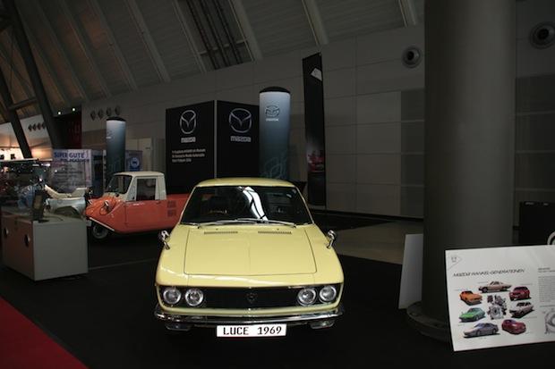 Photo of Historische Mazda Modelle auf der Retro Classics in Stuttgart