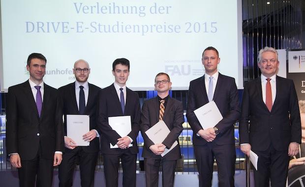 Photo of Wissenschaftlicher Nachwuchs für die Elektromobilität ausgezeichnet