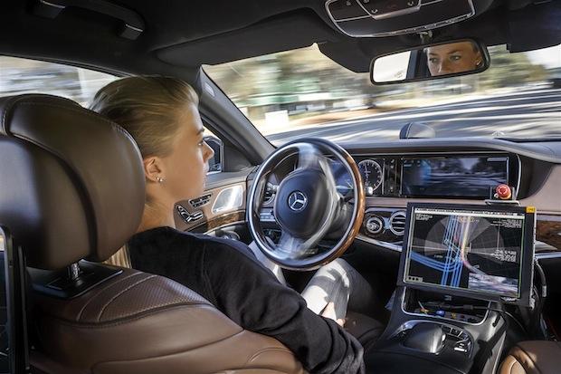 Photo of Daimler treibt autonomes Fahren nachhaltig und umfassend voran