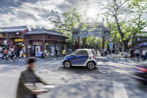 Photo of China-Premiere der neuen smart Generation bei der Auto Shanghai