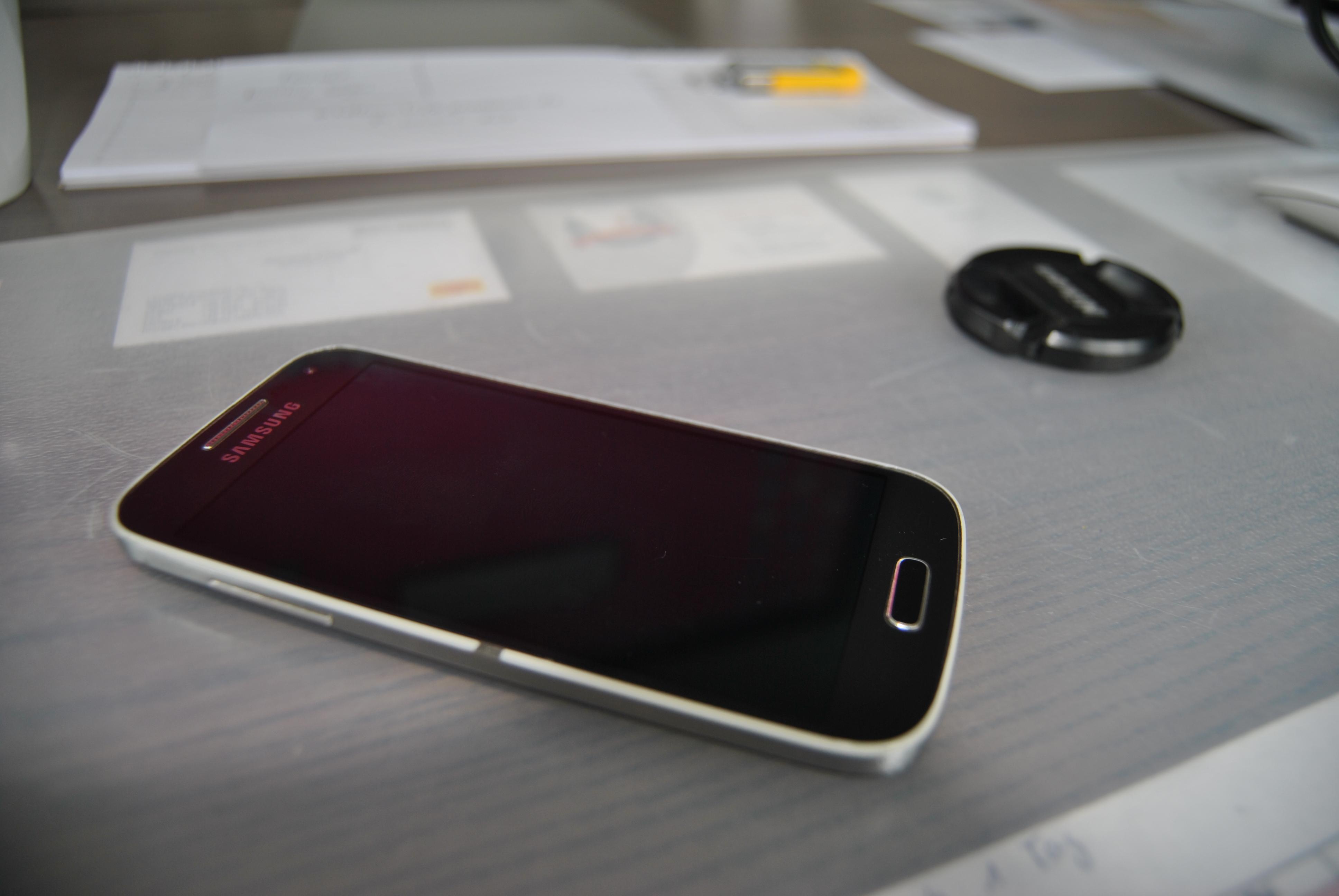Bild von Versicherungen: Jeder zweite Deutsche wünscht sich Schadenregulierung per Smartphone