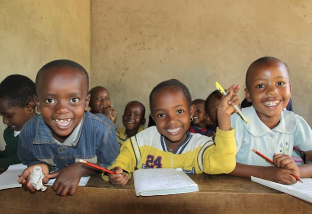 Unterrichten in Tansania Fotografin: Jana Mai / VoluNation