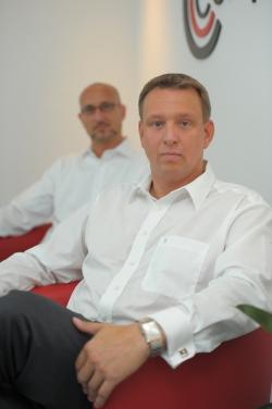 Innovative Wege zum Neugeschäft für den Auftraggeber: Competence-Geschäftsführer Christian Döhle (re.) und Jens Zabel - Quelle: Competence