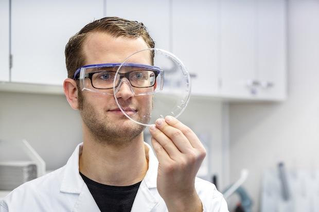 Bild von Nanopartikel als Füllstoffe: Lacke werden umweltfreundlicher und bleiben kratzfest