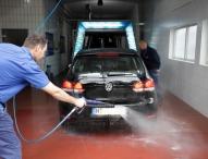 ADAC-Tipps rund um Waschanlagen und Co.