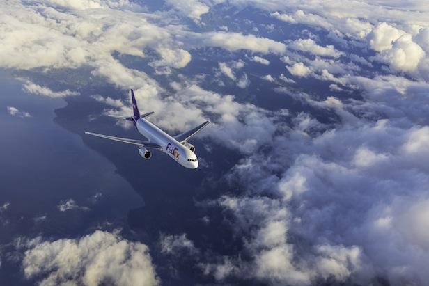 Photo of Fast 400 Millionen Liter Flugzeugtreibstoff eingespart – FedEx veröffentlicht Nachhaltigkeitsbericht Global Citizenship Report 2014