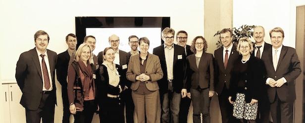 Photo of Umweltministerin Hendricks im Austausch mit GIH Bundesverband