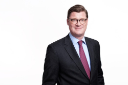Till Oberwörder, derzeit Leiter Marketing, Sales and After Sales Daimler Buses, wird Leiter Marketing, Vertrieb und Services Mercedes-Benz Lkw. - Quelle: Daimler AG